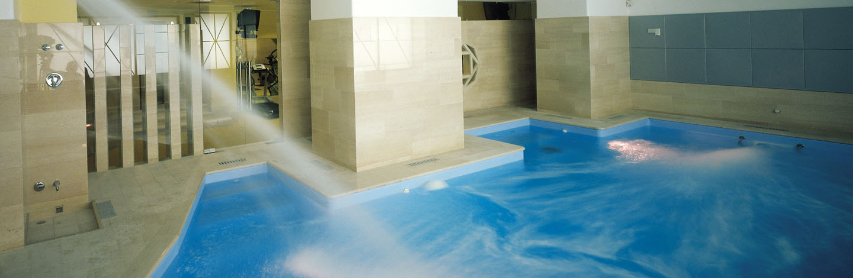 Hotel a perugia con piscina e palestra - Palestra con piscina ...